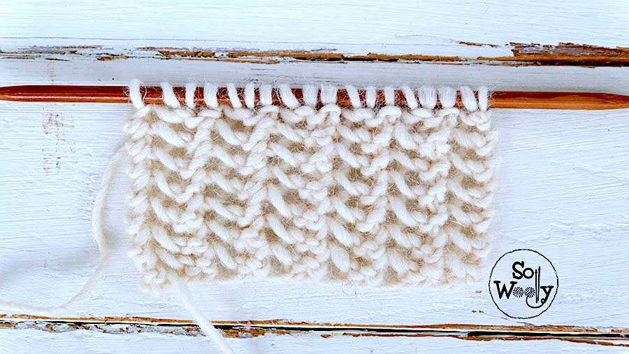 Easy lace stitch in three steps