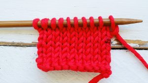 How to knit the Stockinette stitch So Woolly