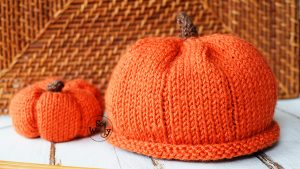Halloween baby hat knitting video tutorial
