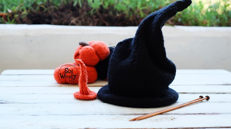Wizard Warlock hat free knitting pattern and tutorial