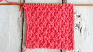 Reversible stitch to knit scarves cowls for beginners