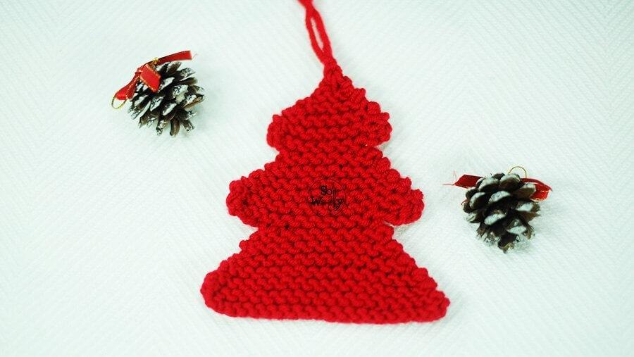 Easy Christmas Tree knitting pattern for beginners