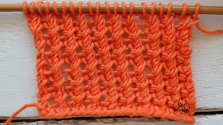 Easy two-row lace knitting stitch pattern tutorial. So Woolly.