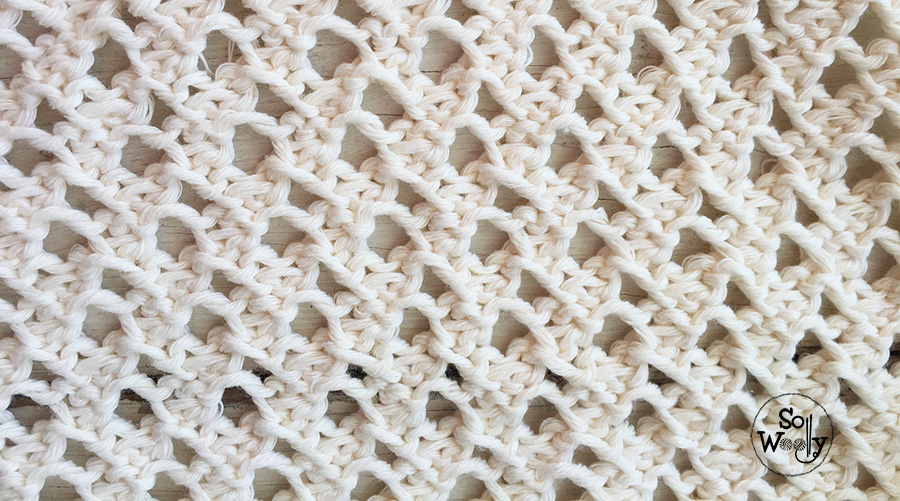 Easy lace knitting pattern for beginners. So Woolly.