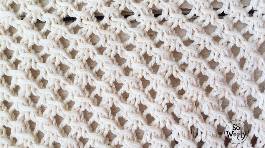 How to knit lace step by step, in four rows. So Woolly.