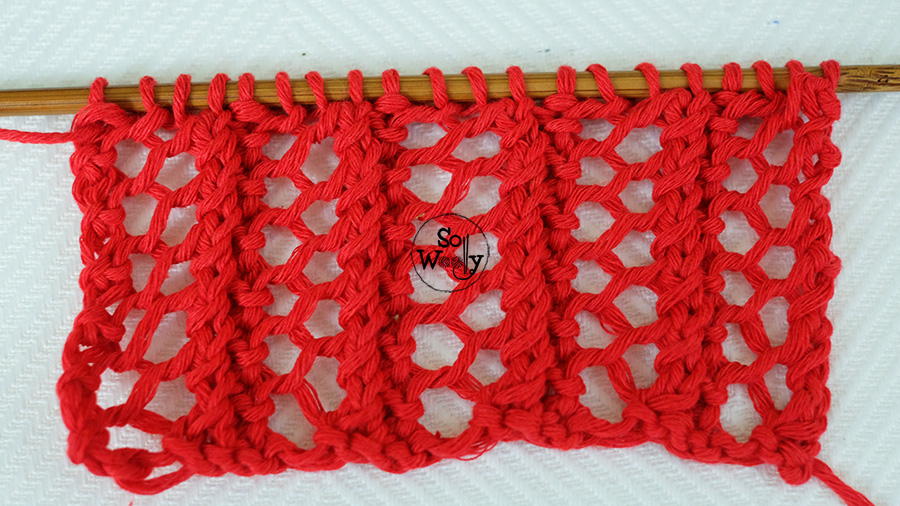 One row easy lace knitting stitch pattern: Lace Grid. So Woolly.