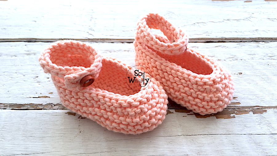 Toddler Shoes free knitting pattern and video. So Woolly.