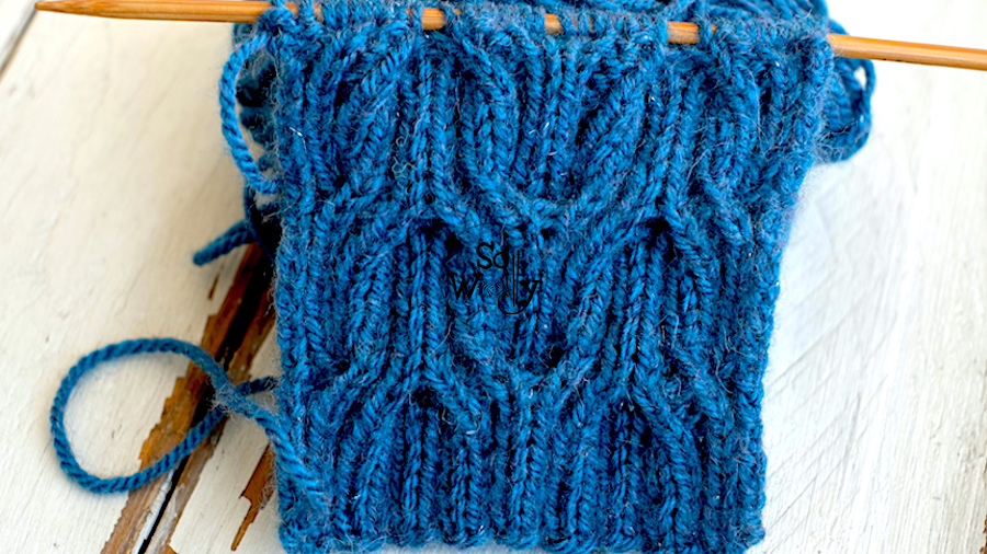 Wishbone reversible cable knitting stitch pattern. So Woolly.