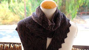 Dragon's Tail Shawl knitting pattern
