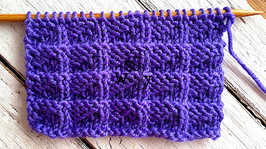 Pennant stitch knitting pattern: Reversible, and it doesn't curl (ideal for beginners). So Woolly.
